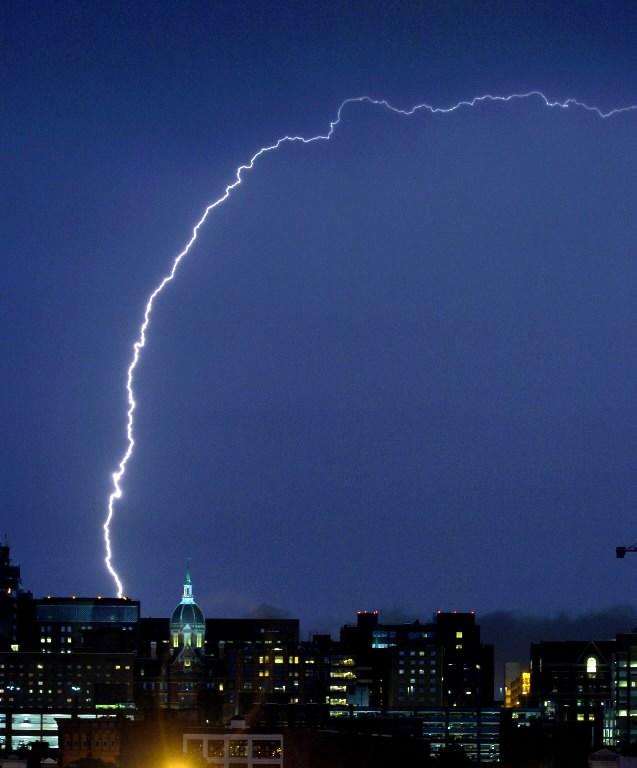 Positive-lightning-.jpg